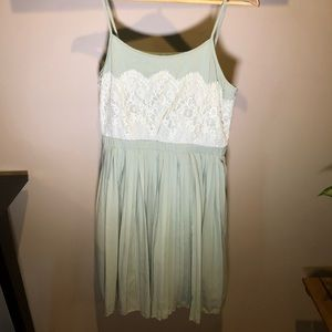 Green and White Lace Delias Dress